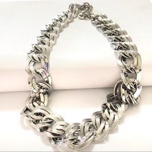 Vintage 1980s chunky chain silver tone necklace